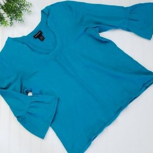Lane Bryant Blue Bell Sleeve Sweater size 14/16